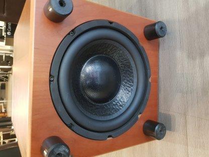 Subwoofer REL STRATA 5 caisson de basses sub 150 watts hifi home cinema occasion seconde main 2nd hand bois moyen