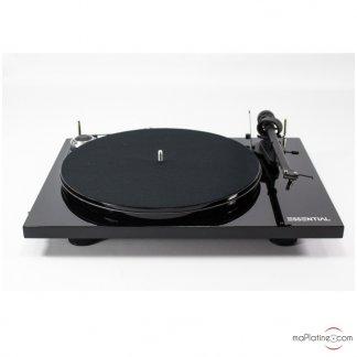 Platine PROJECT ESSENTIAL 3 phono III vinyle tourne disque 33T 45T ortofon OM10bras aluminium blaanc rouge noir laque walnut noyer preampli phono intégré