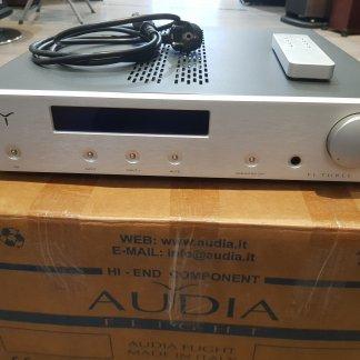 AUDIA FLIGHT THREE MK2 amplificateur d'occasion seconde main ampli intégré parfait état télécommande boite d'origine fabrication italienne