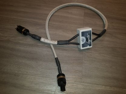 POWER CABLE LEGATO REFERENZA alimentation schuko iec occasion seconde main un mètre et demi 1,5m