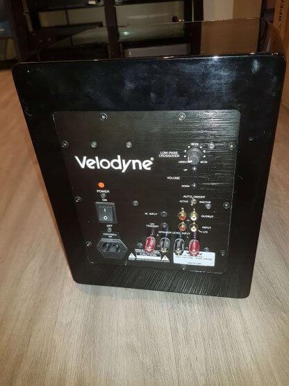 Subwoofer d'occasion VELODYNE SPL1000U caisson de basse ampli 1200 Watts woofer 10 pouces blanc laque filtre digital dsp caisse close