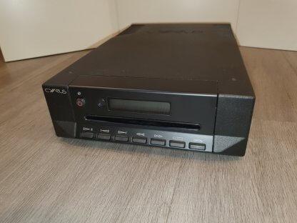 Lecteur CD CYRUS CDi d'occasion seconde main couleur noir etat neuf avec telecommande accessoire en boite